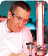 Dr Laurent Caron